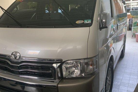 2015 Toyota Hi-Ace Super Grandia A/T Diesel