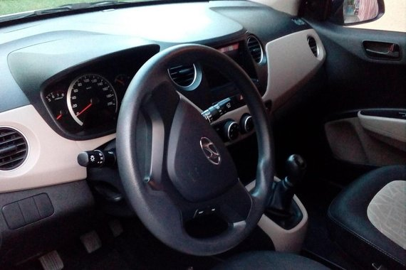 Sell Silver 2015 Hyundai Grand i10 Hatchback in Angeles