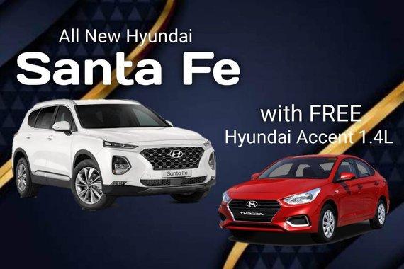 White Hyundai Santa Fe for sale in Makita city