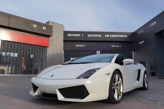 Selling White Lamborghini Gallardo for sale in Mandaluyong