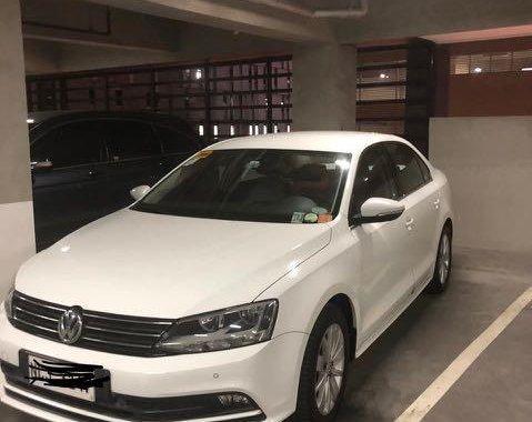 White Volkswagen Jetta for sale in Calamba