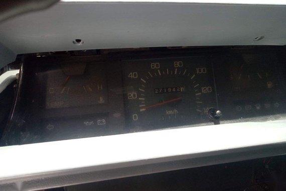 White Mitsubishi L300 1999 for sale in Manila