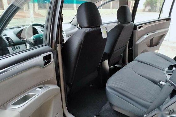 Selling Black Mitsubishi Montero in Marikina