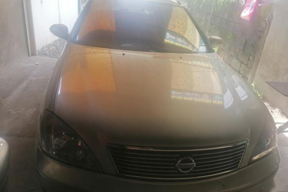 Selling Silver Nissan Sentra in Angeles