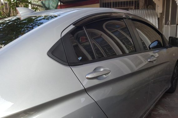 Sell Grey 2018 Honda City in Pasay
