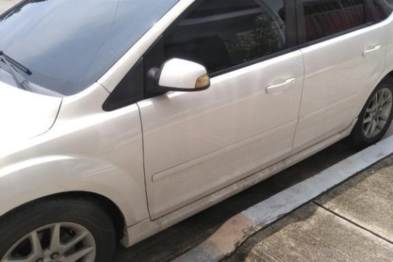White Ford Focus for sale in Mahogany