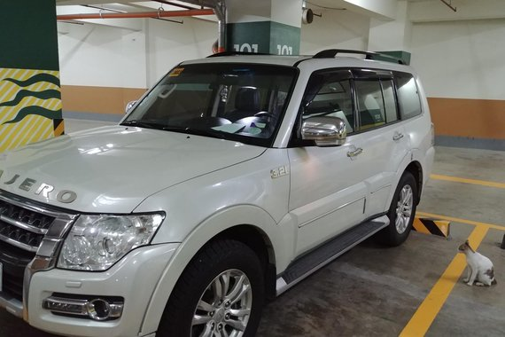 White Mitsubishi Pajero 2015 acquired 2016