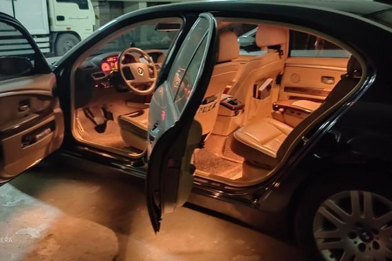 Selling Black Bmw 7 Series 2009 in Quezon City