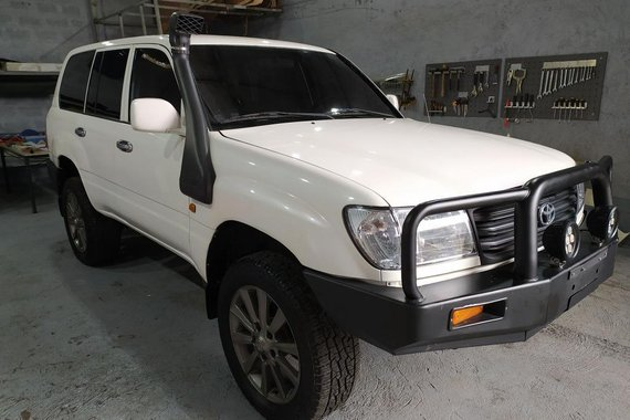 Sell White Toyota Land Cruiser 2007 in Quezon City
