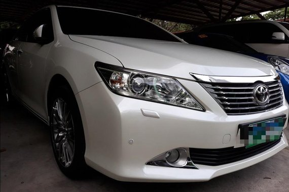 Sell Silver 2014 Toyota Camry in Manila