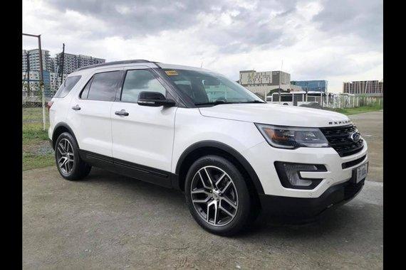 Sell White 2017 Ford Explorer in Manila