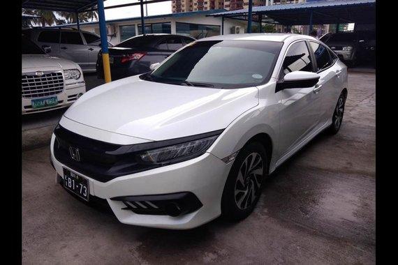 Sell White 2018 Honda Civic in Manila