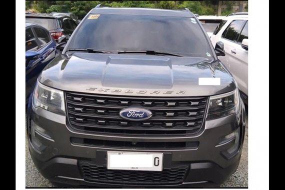 Selling Silver Ford Explorer 2016 in Manila