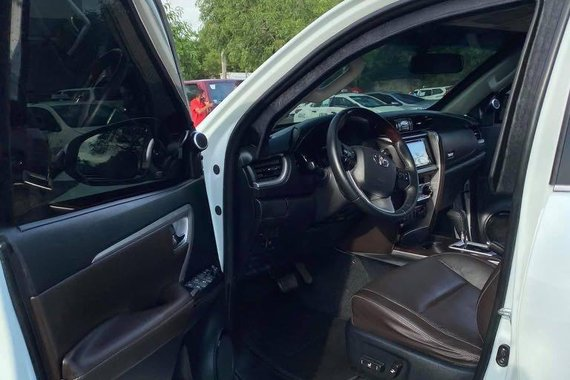 Selling Silver Toyota Fortuner 2017 in Parañaque