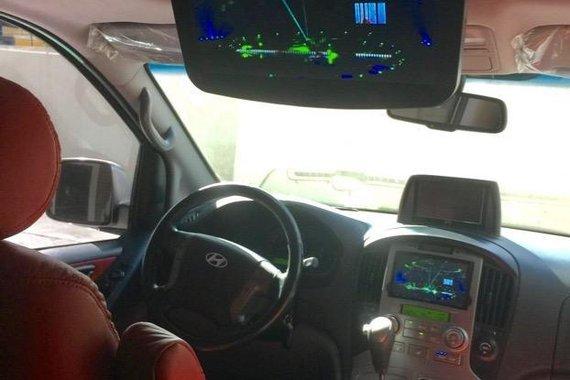 Silver Hyundai Starex 2014 for sale in Quezon City
