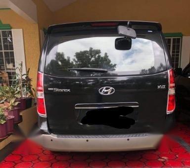 Selling Black Hyundai Starex 2011 in Guiguinto