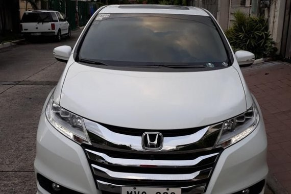 White Honda Odyssey 2015 for sale in Quezon City