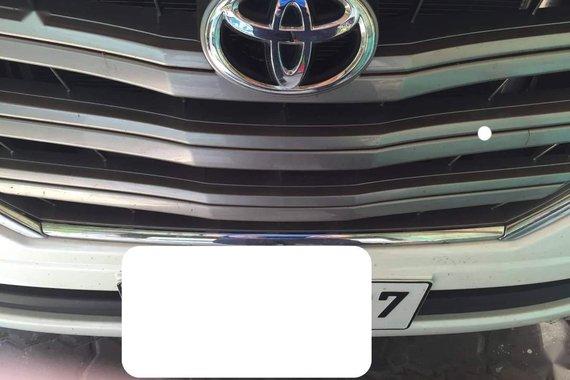 White Toyota Innova 2015 for sale in Manila