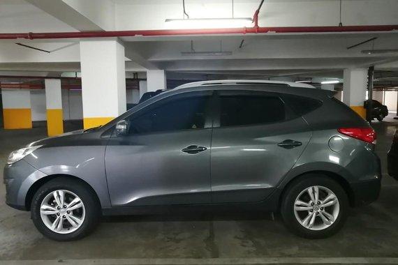 Selling Grey Hyundai Tucson 2010 in Quezon