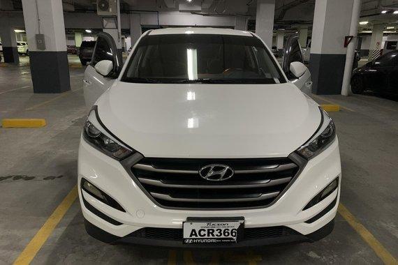 For Sale: 2016 Hyundai Tucson - Manual / Gas