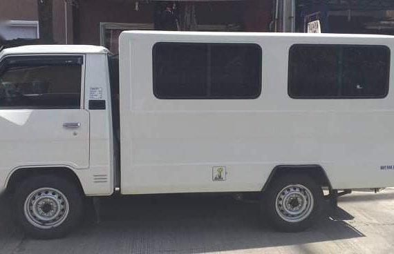 White Mitsubishi L300 2017 for sale in Lipa