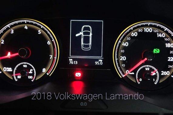 Selling White Volkswagen Lamando 2019 in Pasay
