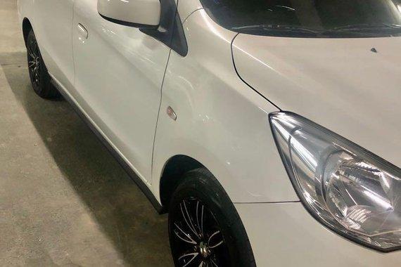 Selling White Mitsubishi Mirage 2015 in Taguig