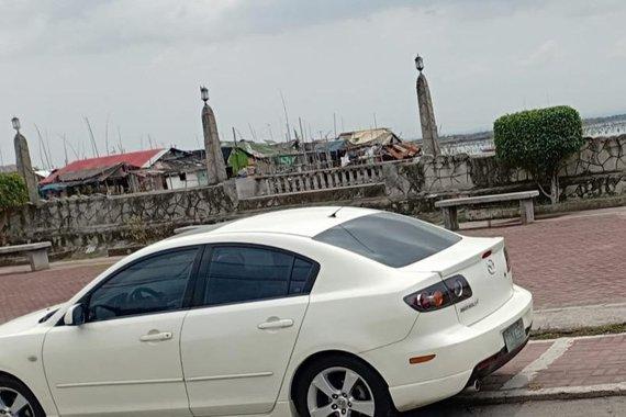 White Mazda 3 2017 for sale in Taguig