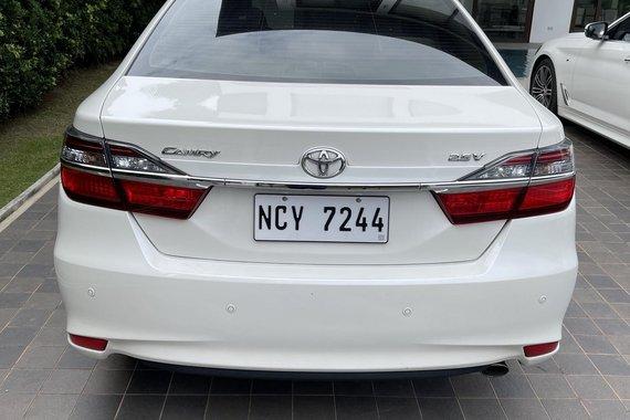 2017 Toyota Camry 2.5V