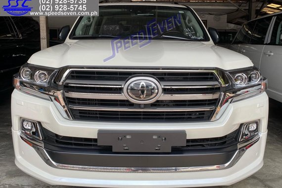 2021 Toyota Land Cruiser VXTD Executive Lounge Brand New Euro / Dubai GCC landcruiser lc200 lc 200