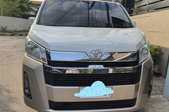 Good quality 2019 Toyota Hiace  GL Grandia 3.0 A/T 2-Tone for sale