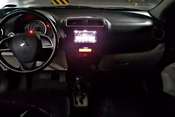 Selling Black Mitsubishi Mirage G4 2015 in Pasig