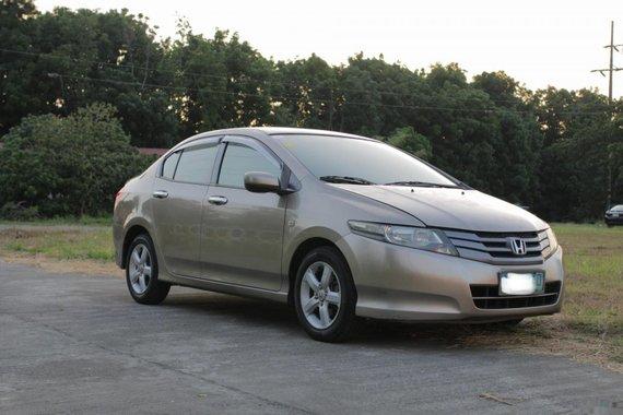 Beige Honda City 2009 Sedan