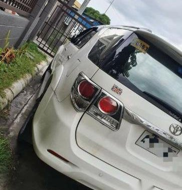 Pearl White Toyota Fortuner 2018 for sale in Calamba