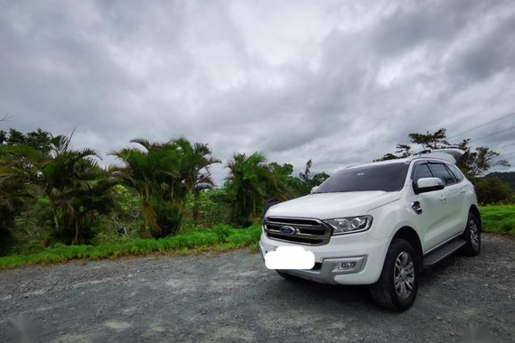 Pearl White Ford Everest 2017 for sale in Rizal