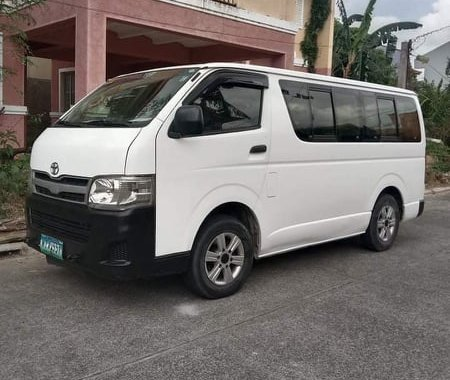 FOR SALE Toyota commuter 2013 model