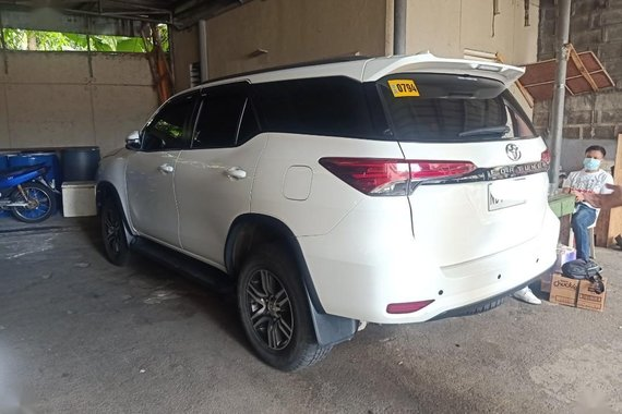 White Toyota Fortuner 2017 for sale in Manila