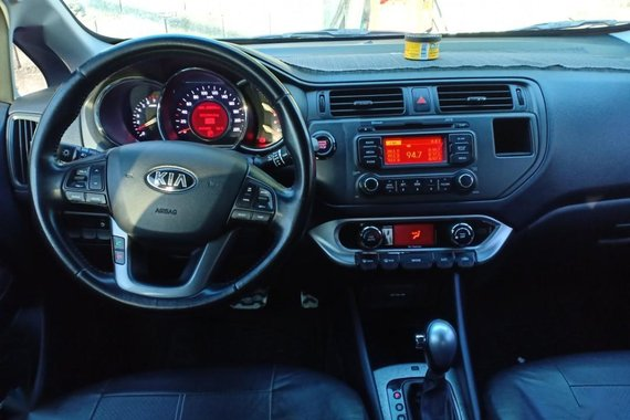Sell Red 2015 Kia Rio in Angeles