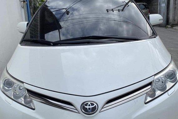 White 2013 Toyota Previa  Automatic for sale
