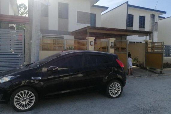 Selling Ford Fiesta 2015 in Manila