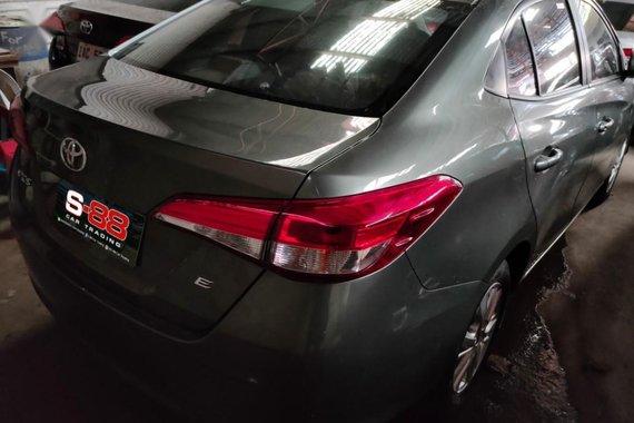 Selling Toyota Vios 2019