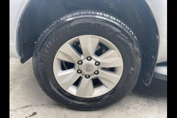 Selling Brightsilver Toyota Hilux 2020 in Las Piñas