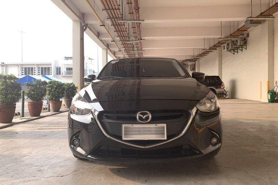 2016 Mazda 2 1.5V AT Sedan