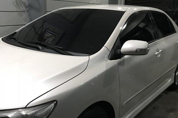 Sell used 2012 Toyota Altis Sedan