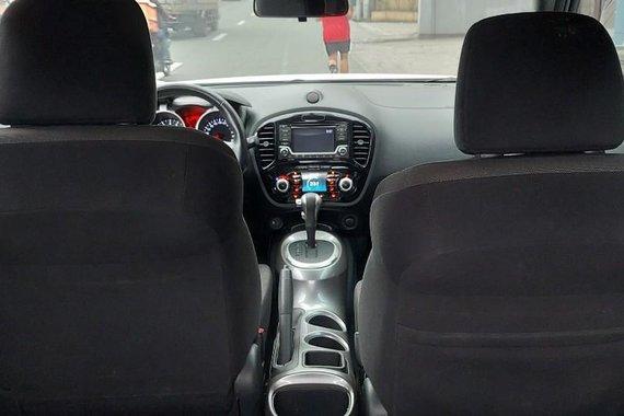 White 2018 Nissan Juke