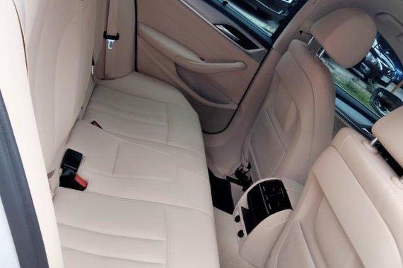 Selling BMW 520D 2018