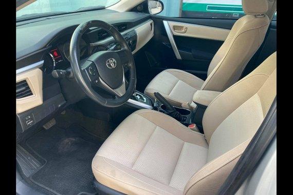 Brightsilver Toyota Corolla Altis 2014 for sale in Makati