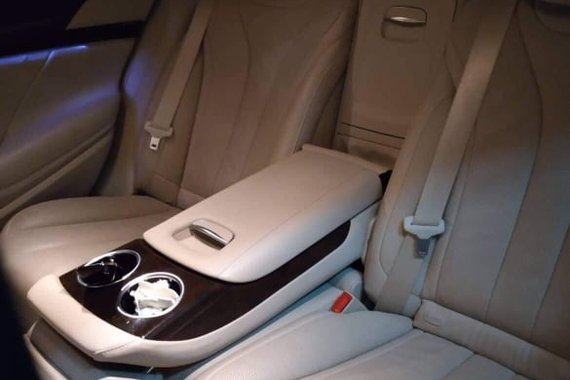 FOR Sale 2015 Mercedes Benz S400