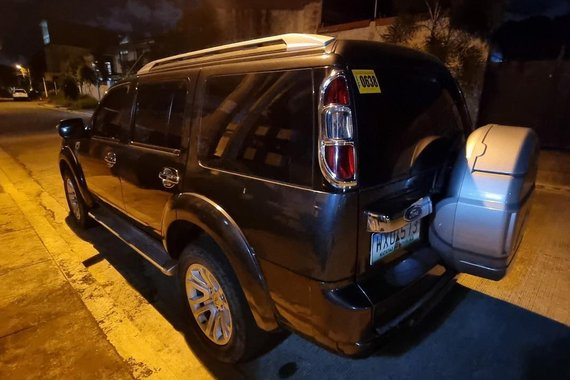 Selling Ford Everest 2014