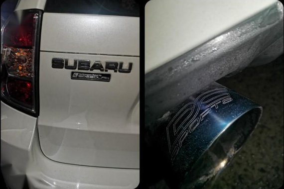 Selling White Subaru Forester 2009